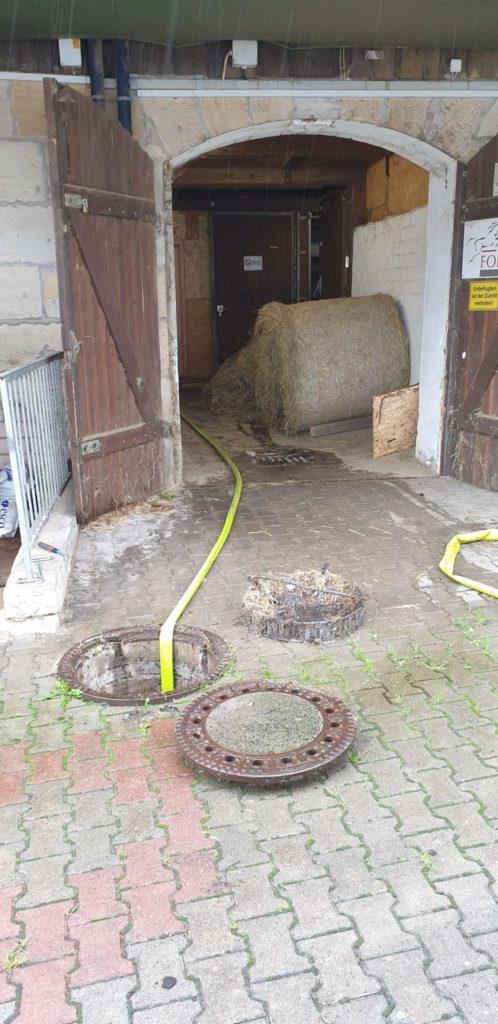FF Forth Einsatz Wasser in Reitstall 08.07.2021 9 – Feuerwehr Forth