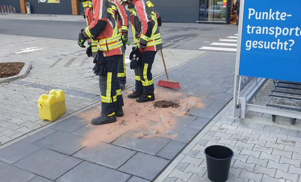 FF Forth auslaufende Betriebsstoffe aus Roller – Feuerwehr Forth